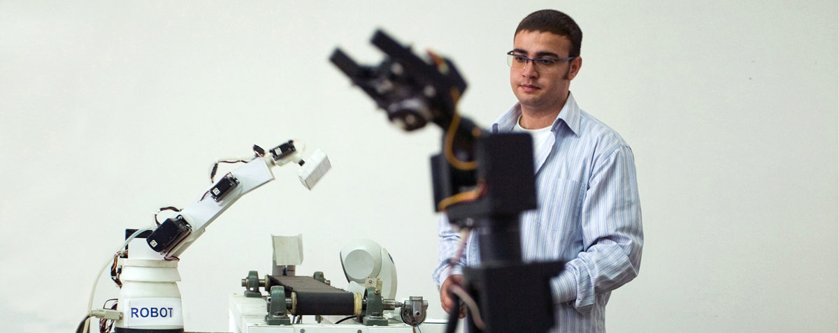 Mechatronics Engineering Undergraduate Program Eastern