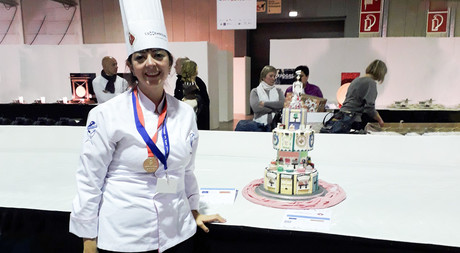 EMU Faculty  Member  and  Expert  Pastry  Chef Pınar Barut Won the Gold Medal