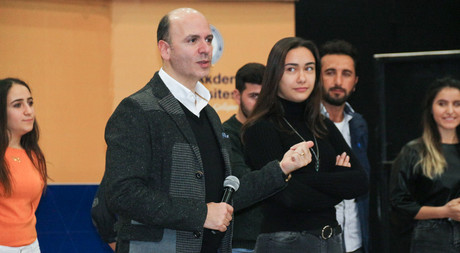 News Anchor Cem Öğretir Gave a Seminar at EMU