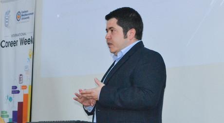 EMU Graduate and Qatar Airways Director Ziya Ediz Gürsan Delivered a Conference in EMU