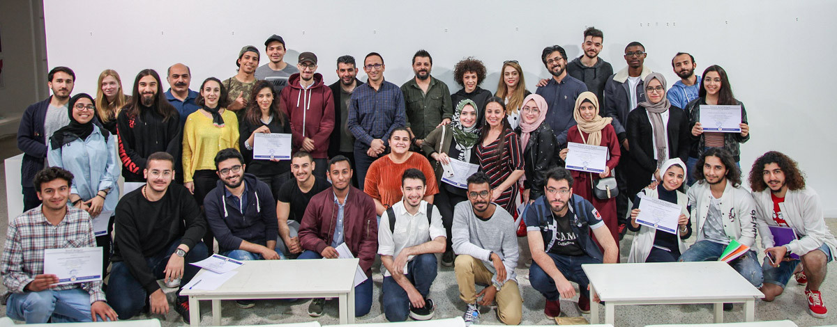 Successful Students of Department of Visual Arts and Visual Communication Design Receive Certificates