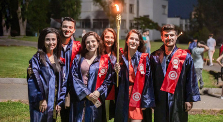 2018-2019 Academic Year Graduates Bid Farewell to the City with a Torchlight Procession