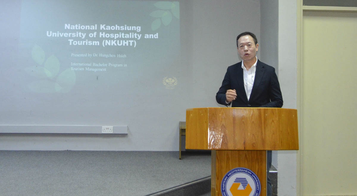Taiwan National Koahsiung University Academic Staff Member Delivers Seminar At EMU